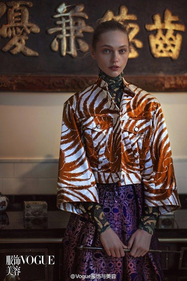 This face expression Саша Пивоварова и Аня Рубик в Vogue China (Интернет-журнал ETODAY)