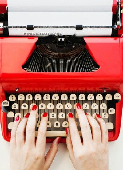 I decided to paint Red on my nails while I type away on my vintage Red typewriter. Now I can start on my article...............