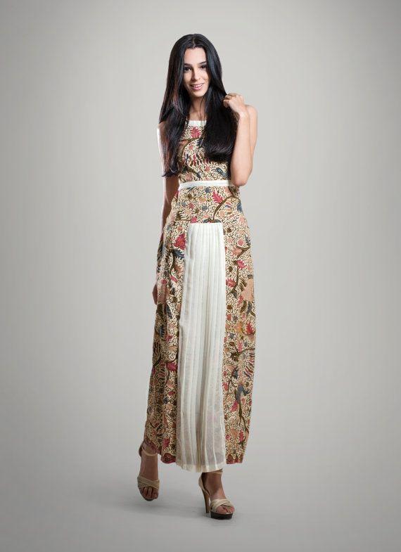 ON SALE Afra Handcrafted Batik Dress Great by BatikBatikAU, $289.50