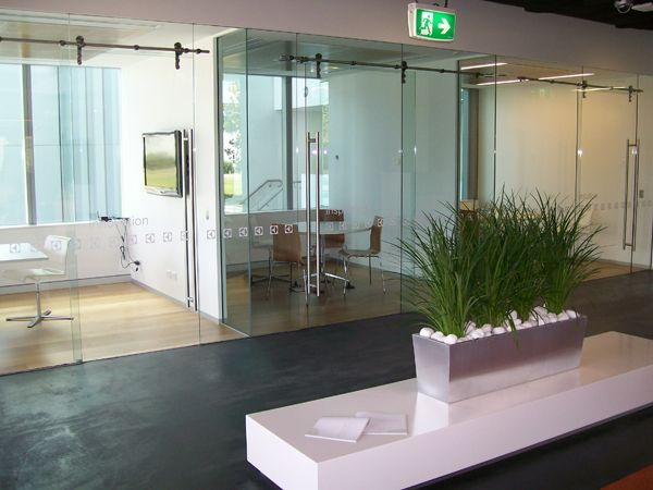 #Glass installation and #replacement service in Montreal.