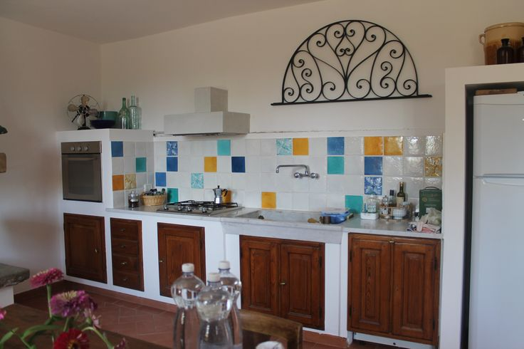 Enamelled floor in the kitchen #enamelled #floor #kitchen #tuscany #made_in_italy