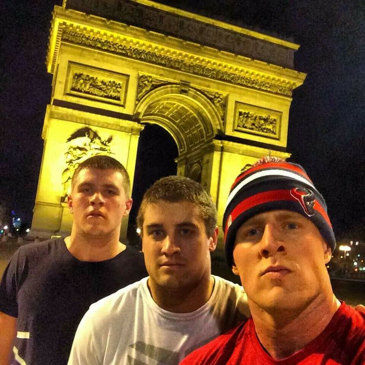 In Paris. 3 generations of gorgeous brothers. Oh, my. <3
