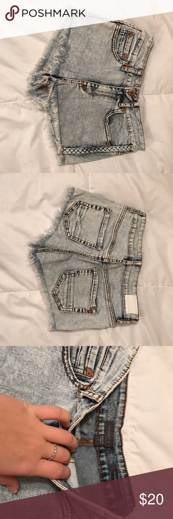 Kendall & Kylie Jean Shorts Kendall & Kylie, Size 1, jean shorts! The sides have a braided design with frayed bottoms! Worn only a few times and still in great condition. Kendall & Kylie Shorts Jean Shorts