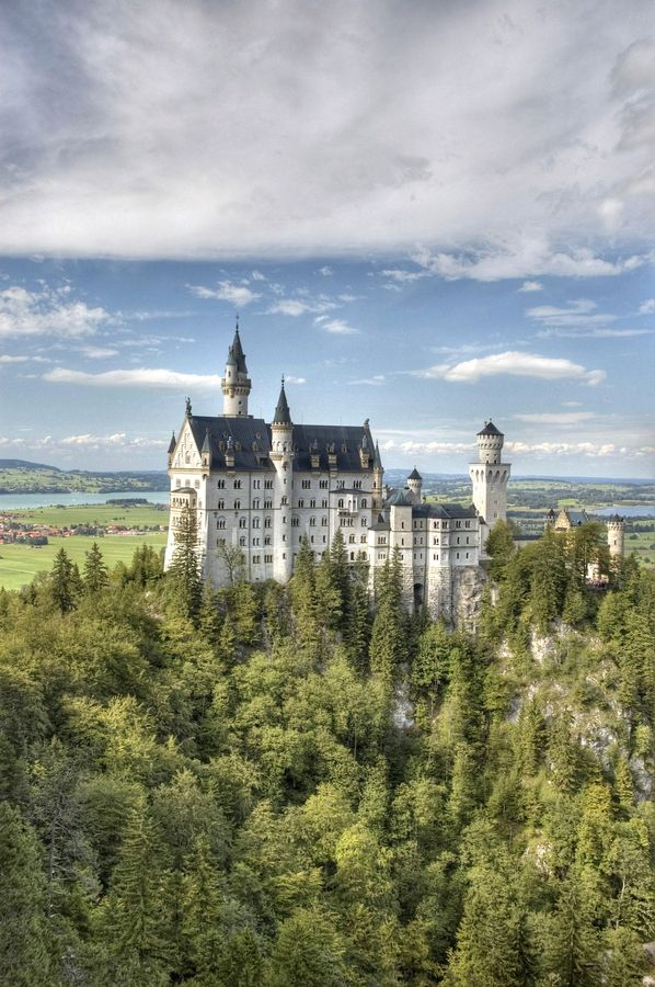 I will love to go there and explore each room ~Neuschwanstein Castle ~ Germany by mco~~