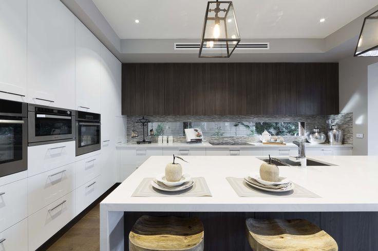 Villa Modena - Simonds Homes #interiordesign #kitchen