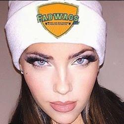 Olivia Pierson: Sexy Single Sports WAG