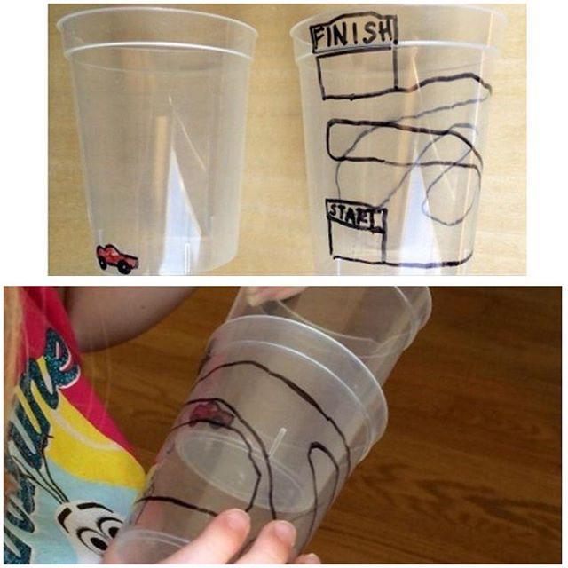Элементарная игрушка за 1 минуту) понадобятся 2 пластиковых прозрачных стаканчика, на одном рисуем машинку, на другом дорогу, и играем!