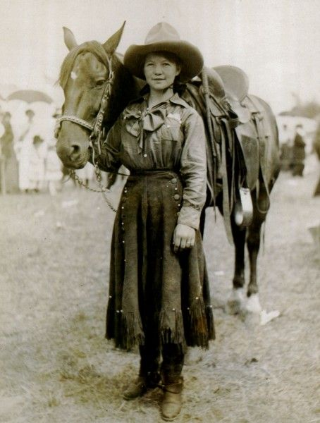 An unknown cowgirl from around 1900. Source: Buffalo Bill Museum and Grave, Golden, Colorado