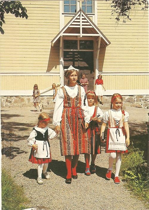 Traditional Finnish national costumes