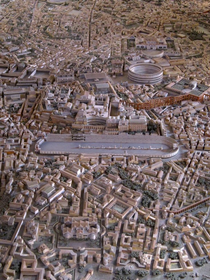 Model of Ancient Rome in the time of Constantine, designed by Italo Gismondi