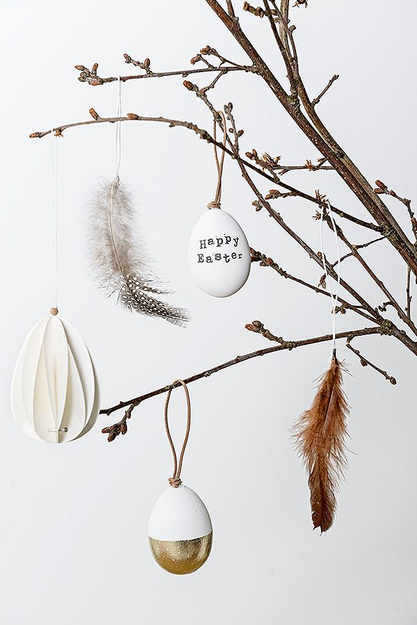 Bloomingville easter ornaments. A lovely bohemian, rustic easter interior decor idea!