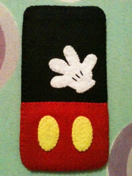 Capa para celular Mickey em Feltro