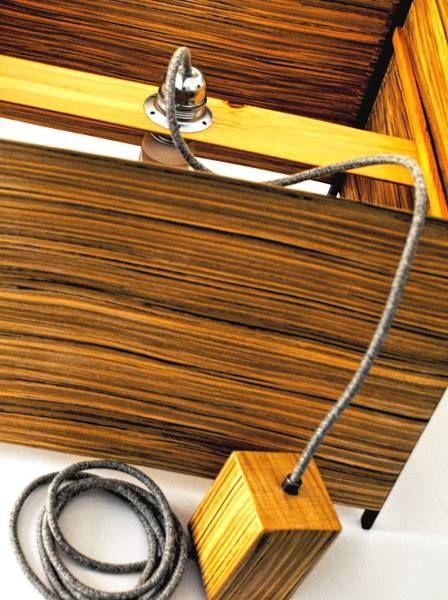 Zap - #handmade #woodlamps #pendantlight #woodenlights #woodwork #veneer #veneerlight Φωτιστικό οροφής, από καπλαμά zapatero, ξύλο wenge και πεύκο. Διαθέτει υφασμάτινο καλώδιο και μεταλλικό ντουί. Διαστάσεις: 45εκ., ύψος 30εκ. Μπορεί να κατασκευαστεί σε διάφορες διαστάσεις.