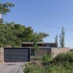 Casa 50.50 / Célula.Urbana (© Ramiro Sosa)