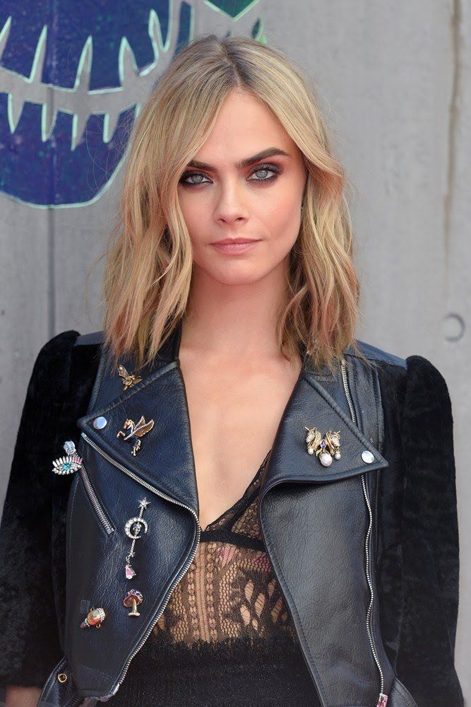 Mara Roszak gave Cara a dramatic hair makeover when she cut her long, layered locks into this shoulder-length lob, which she's been styling in tousled waves ever since its debut over the summer.