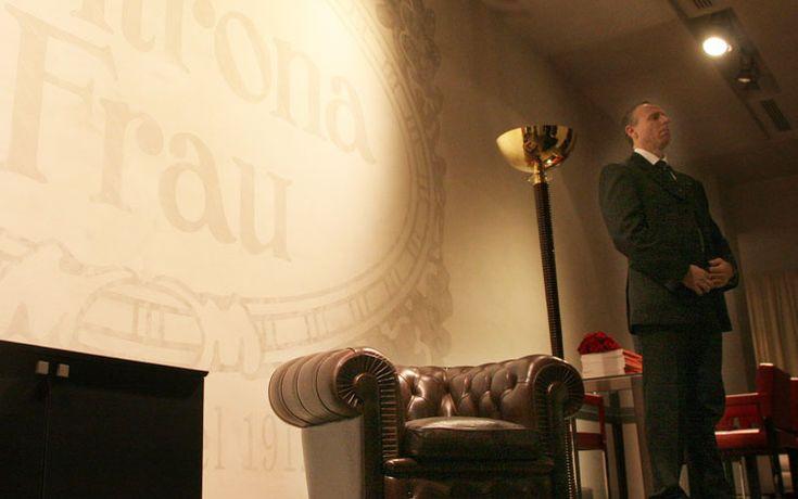 """5 febbraio 2014. Un altro simbolo del """"Made in Italy"""" cambia bandiera. Il fondo Charme Investments, che fa capo alla famiglia Montezemolo, e Franco Moschini hanno ceduto il 58,6% del capitale di Poltrona Frau alla famiglia americana Haworth -Poltrona Frau diventa americana: passa alla famiglia Haworth"""
