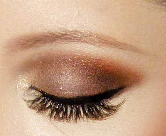 Natural Beauty  preen.me   Chocolate Kiss mineral eye color would be a great alternative as the base color.