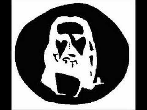 Jesus Optical illusion. Relax ur eyes on the 4 dots in the middle of the picture until viedo ends then look at a wall.
