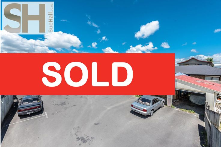 🌞🌞 SOLD - Unit 5 / 4 Wha Street 🌞🌞 Helping both my sellers and my buyers move forward ... Well done guys!!!