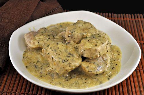 Υπέροχα χοιρινά φιλετάκια με σάλτσα μουστάρδας και λευκού κρασιού. Ο απόλυτος συνδυασμός του χοιρινού κρέατος και της μουστάρδας κάνει αυτό το πιάτο ακαταμ