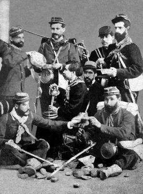Zapadores chilenos, foto tomada posiblemente en 1880, propiedad de don Eduardo Molina, descendiente del Teniente Coronel Alejandro Molina. Sappers .