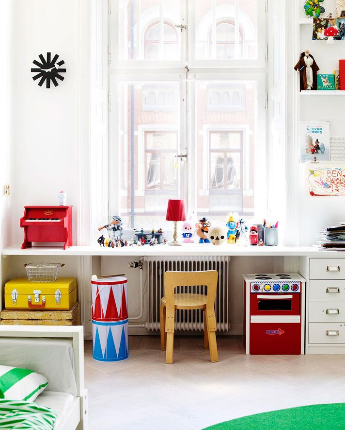 cute room. Love the light. - I want one whole wall of my son's room to be a desk/shelf like this...