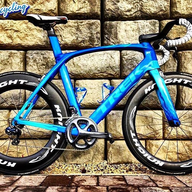 Bike of today: Trek Madone Flame! For more cycling news or videos go follow my dear friend @t0p_bikes! : @fullgasbikes #Trek #TrekBikes #TrekMadone