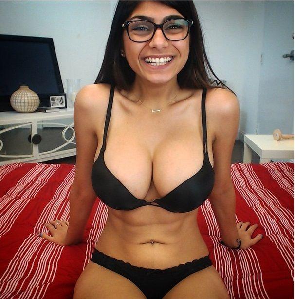 #MiaKhalifa Adult Movie Star #BigBoss9