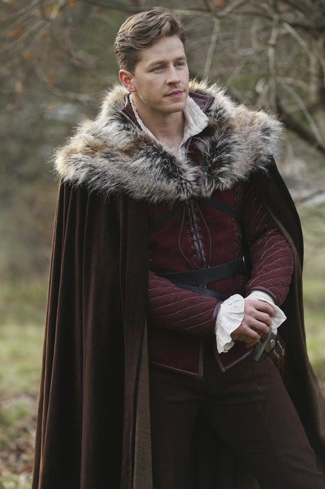 Day 5 - Favorite Prince: Charming. David definitely has his flaws but he truly loves Snow and Emma and he is super sexy. (30 Day OUAT Challenge)