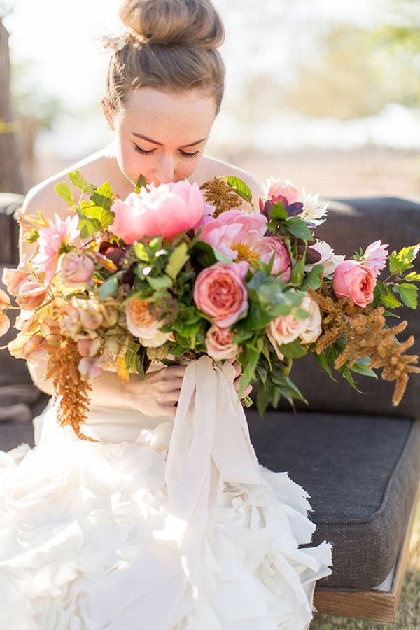 Flowerona Links : With anemones, ferns & an Easter tablescape... | Flowerona