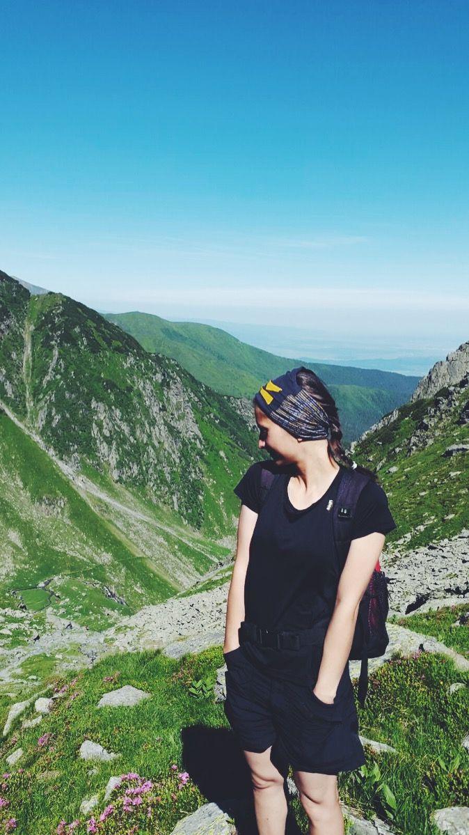 Bujori de munte. #vscojournal #vscoromania #traveler #liveauthentic #mountainlover #itouchthesky