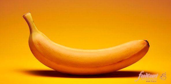 10 способов использования бананов https://www.fcw.su/blogs/vsjakaja-vsjachina/10-sposobov-ispolzovanija-bananov.html   1. Полировка кожаной обуви и изделий из серебра Если в самый неподходящий момент вы вдруг обнаруживаете, что ваш крем для обуви закончился, не паникуйте. Вас спасет банановая кожура. Удалите волокна с внутренней стороны шкурки и протрите ей всю поверхность обуви. Затем отполируйте кусочком мягкой ткани или бумажным полотенцем. Эту же технику можно использовать и для…