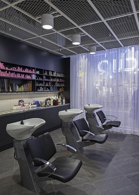Salão de beleza Clip, na Suécia. http://vilabacana.com.br/inspiracao/salao-de-beleza-clip-suecia/