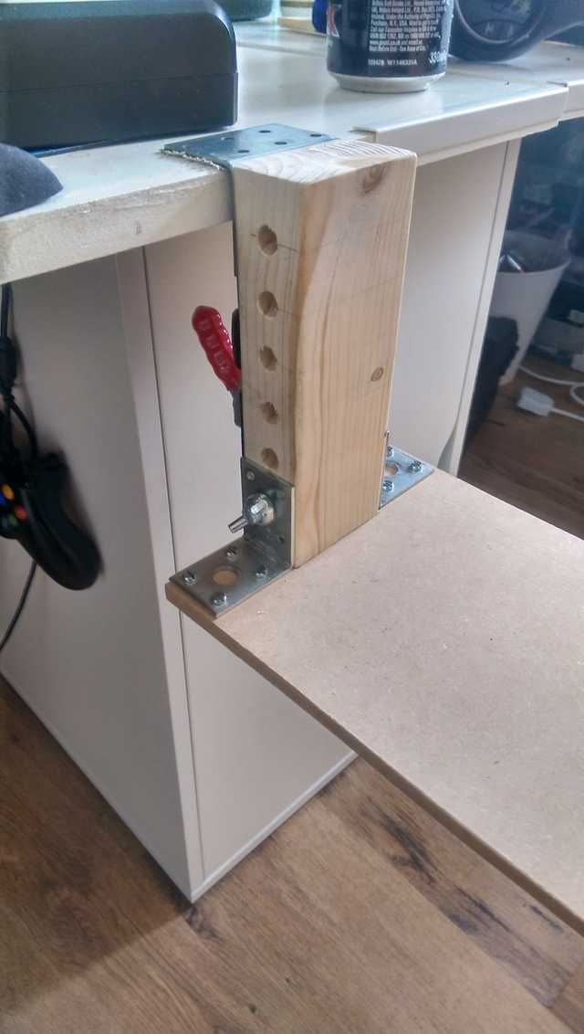 Cheap Diy Hotas Desk Mounts 3 L Brackets Some Nuts And Bolts And A Clamp These Are Solid Imgur In 2020 Cheap Diy Video Game Room L Brackets