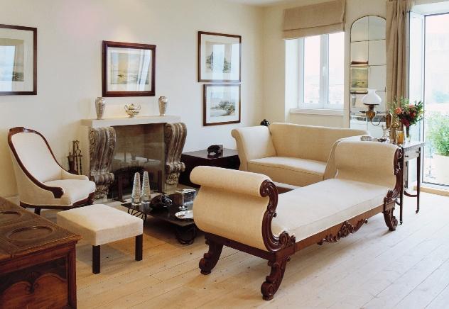 die besten 25 barock sofa ideen auf pinterest chesterfield stuhl chesterfield wohnzimmer und. Black Bedroom Furniture Sets. Home Design Ideas