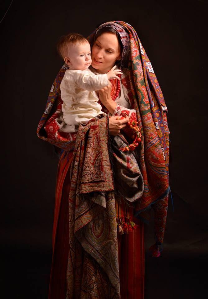 Одяг - Західне Полісся, хустки- Прохорівська мануфактура, побутували на Поліссі, всі речі - кінець ХІХ- поч. ХХст