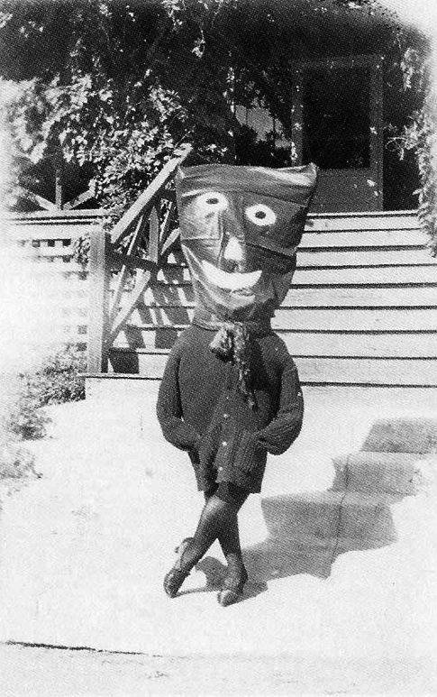 Creepy Halloween costume from the book-Haunted Air