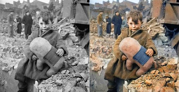 abadoned-boy-after-london-bombings-colorized: Historical Photos, Toni Frissell, Black And White, Colorized Photos, Stuffed Toy, White Photos, Photography, Abandoned Boy