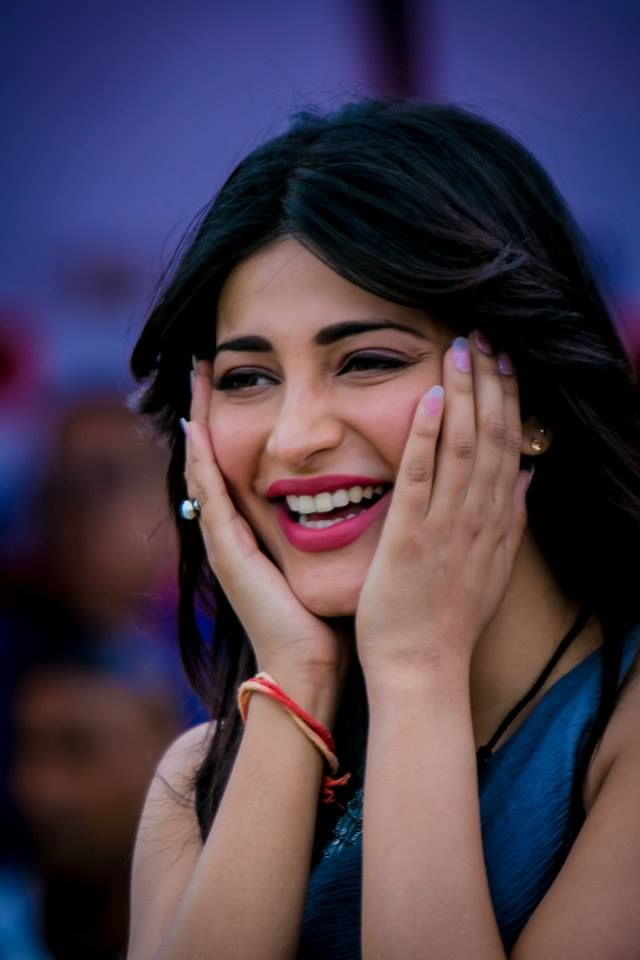 Shruti Haasan at CCL 4 | Tollywood | Pinterest | Shruti ...