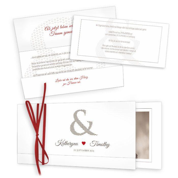 Klassische Hochzeitseinsteckkarte mit Herz Design