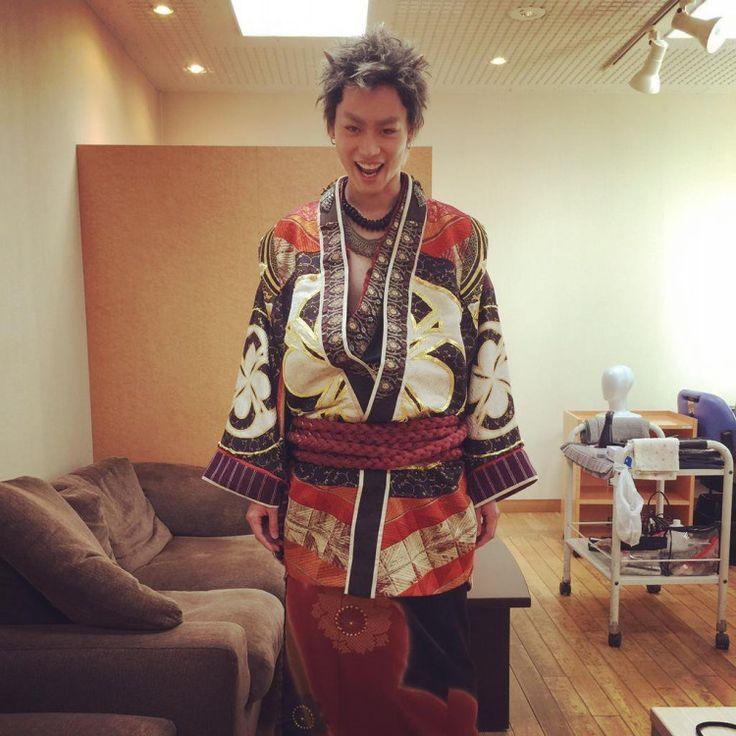 独特の存在感を放つ彼のことをなんだか気になっちゃう…と思ったことはありませんか?いま話題の俳優、菅田将暉さん。最近、彼が放つ雄っぽい色気の虜になってしまう大人の女性たちが急増しているようなのです。