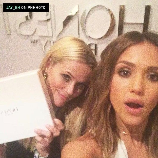 Pin for Later: Jessica Alba's Star-Studded Dinner Party Turned Into an Epic Girls' Night  Reese Witherspoon and Jessica Alba.