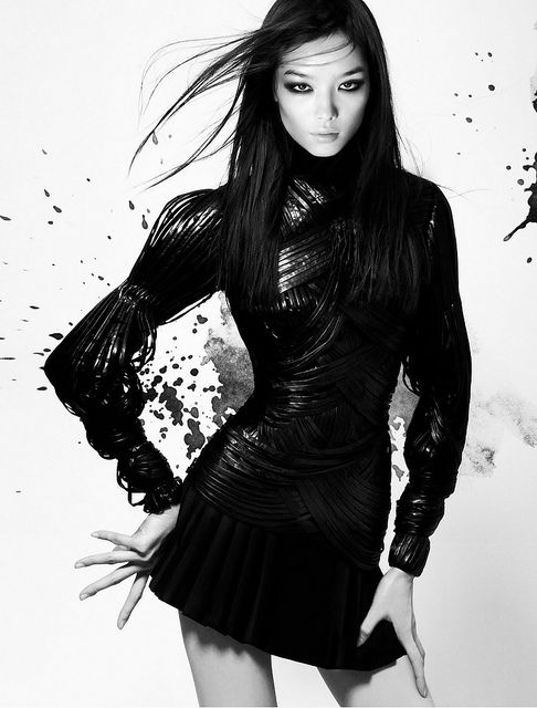 Loreen #4   (Sun Fei Fei in V Mag.)