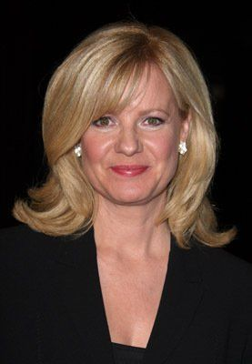 Bonnie Hunt: Still one of the best TV Talk Show hosts, as far as I'm concerned. Nobody tells a story like Bonnie Hunt!!
