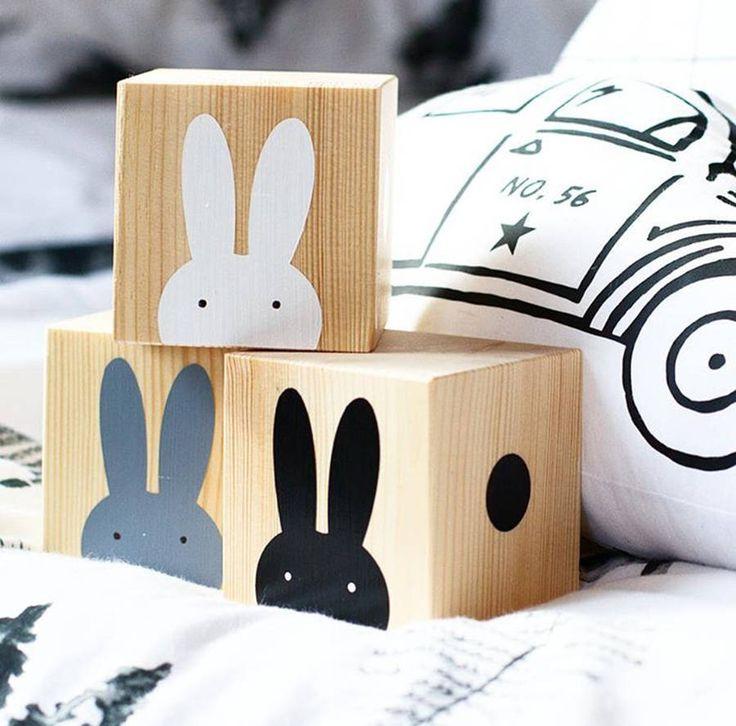 Wooden Rabbit Play Cubes