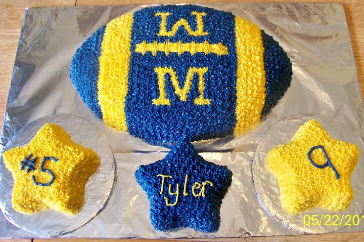 Michigan Football Cake