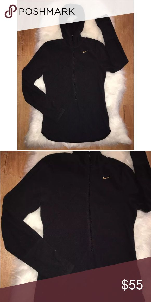 Nike fleece hoodie Women's Nike fleece hoodie  Black in color.  Size small  Has thumb holes!!! Also has a hole in the hoodie for your ponytail!!!  Preowned but gently used condition Nike Tops Sweatshirts & Hoodies