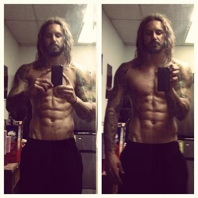 tim lambesis. Such a hot ass. Too bad he's in jail now for hiring someone to kill his wife.  Wahhh