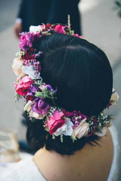 Pretty floral crown: http://www.stylemepretty.com/2014/10/14/a-fashion-infused-new-york-wedding-planned-in-1-month/ | Photography: Cynthia Chung - http://www.cynthiachungweddings.com/