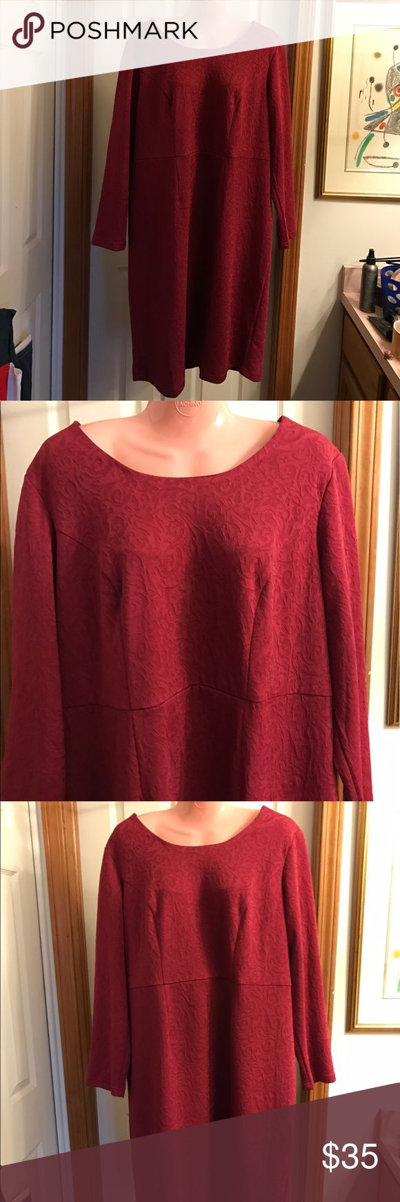 Roman's Red Dress size 16W This dress has a wonderful cut that is very flattering. Long sleeves and scoop neck. Lovely pattern and a deep red color. Quality workmanship. Modest yet super stylish with a classic look. Roman's Dresses Midi